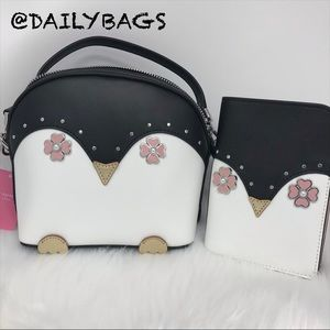 KATE SPADE PENGUIN CROSSBODY BLACK FROSTY PASSPORT